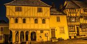 Picture of Thaxted Guildhall at night