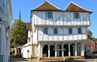 Front view of Guildhall