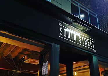 Taste of South Street street view