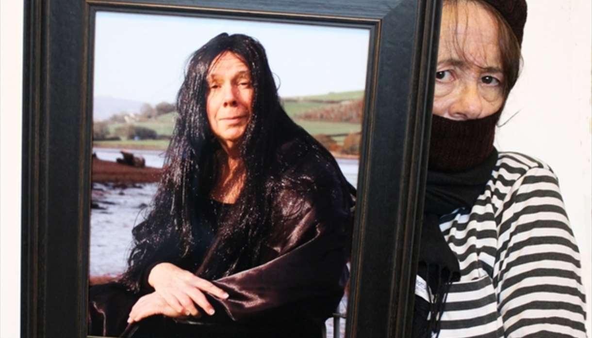Anna Grayson: The Photographic Art Thief
