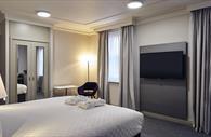 Privilege room bed area