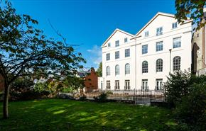Exeter Accommodation Offers