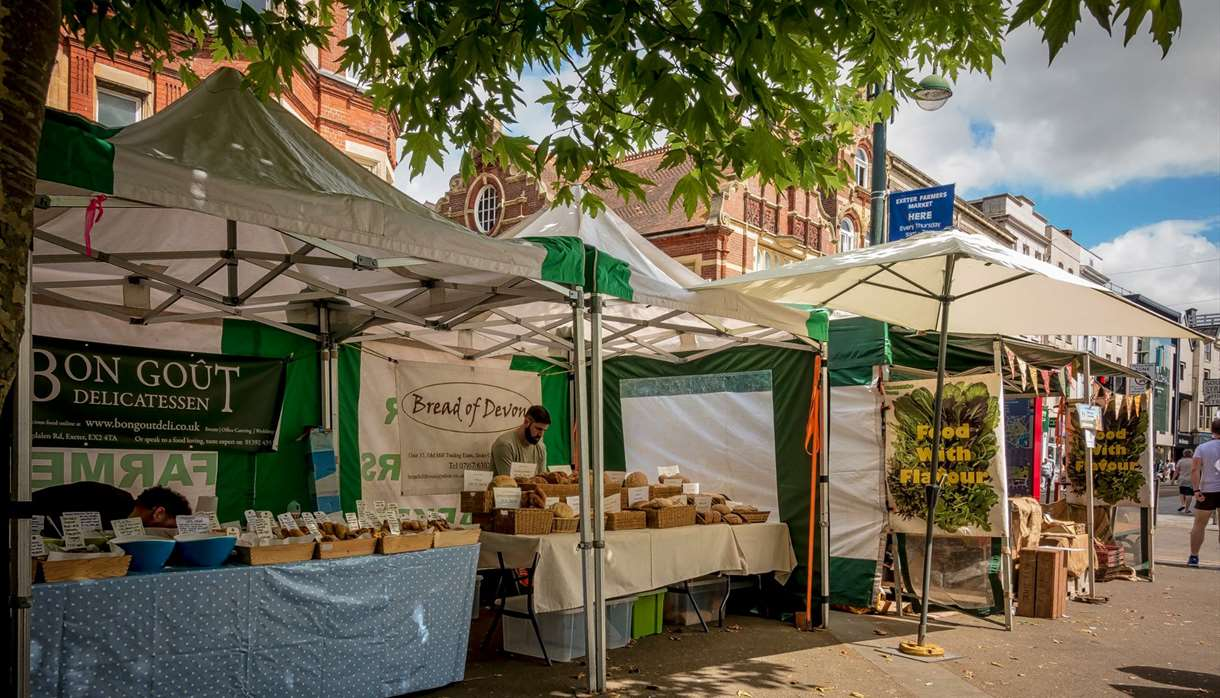 Exeter Farmers Market (c) Jan Penny