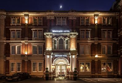 Mercure Exeter Rougemont External in Evening