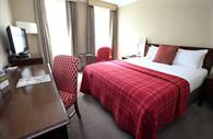 Double room in Mercure Southgate Hotel