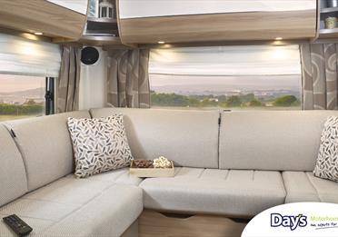 Day's Motorhome Rental: Sofa