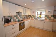 Stay in Devon: kitchen