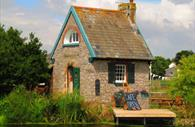 Topsham Lock Keepers Cottage (c) Gary Mackley-Smith
