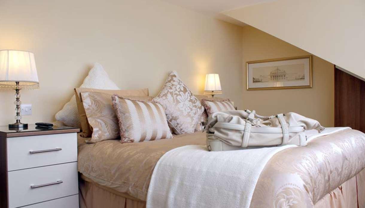 SilverSprings double bedroom