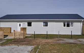 Hamilton Cottage_Weddell Island _Falkland Islands