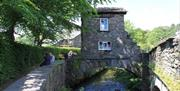 The little Bridge House
