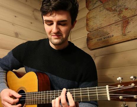 Jordan Hollinrake performs at Upstairs at the Gather on 4th December 2021.