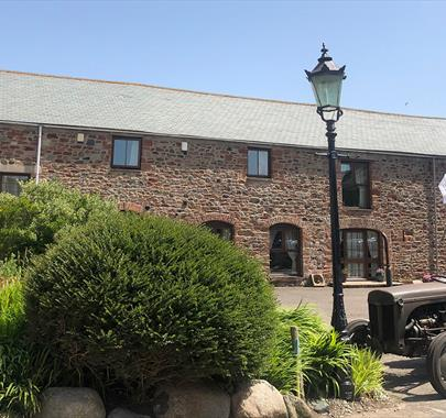 Dickinson Place Holiday Cottages