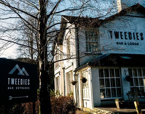 Tweedies Bar & Lodge