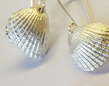 Silver Clay Jewellery with Jo Dix at Cowshed Creative