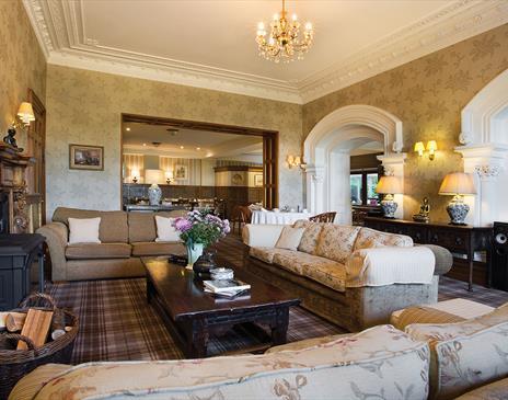 Yewfield Lounge