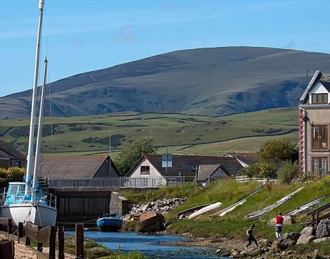 Black Combe - Photo by Mark Winterbourne from Leeds. West Yorkshire, United Kingdom / CC BY (https://creativecommons.org/licenses/by/2.0)
