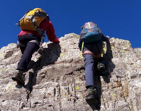 Scrambling Experience (grade 1) with The Lakes Mountaineer