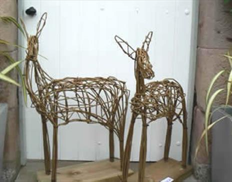 Willow Sculptures - Deer - with Phil Bradley