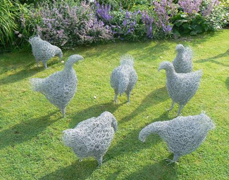 Wire Sculptures 'Hens or Ducks' with Sue Nichols