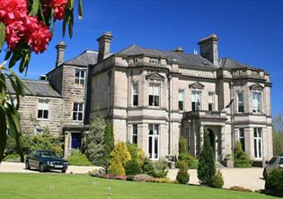 Get the VIP treatment | Treat yourself to a hotel break in North Wales and get the VIP treatment.