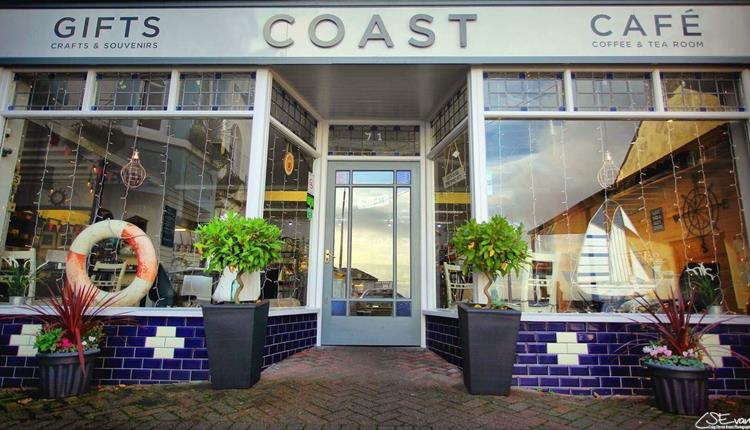 Coast Cafe & Gift Shop