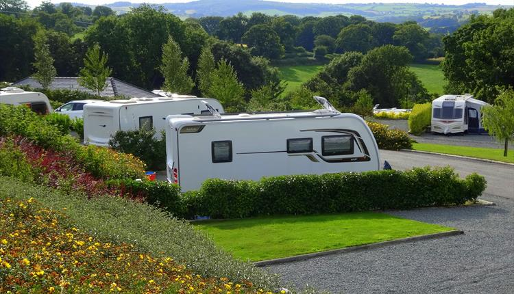 Plas Farm Caravan & Lodge Park