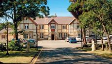 Lyons Nant Hall