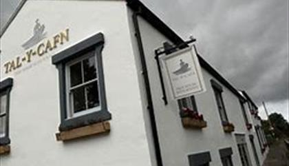 Tal y Cafn Pub