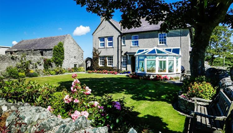 Ty Mawr Farmhouse Bed and Breakfast