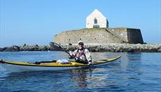 Sea Môr Kayaking