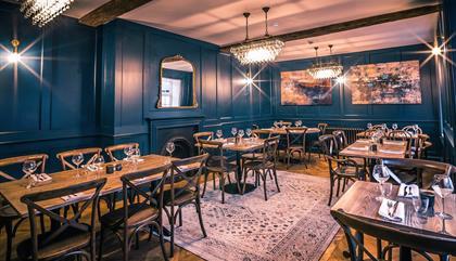 Three Eagles Bar & Grill
