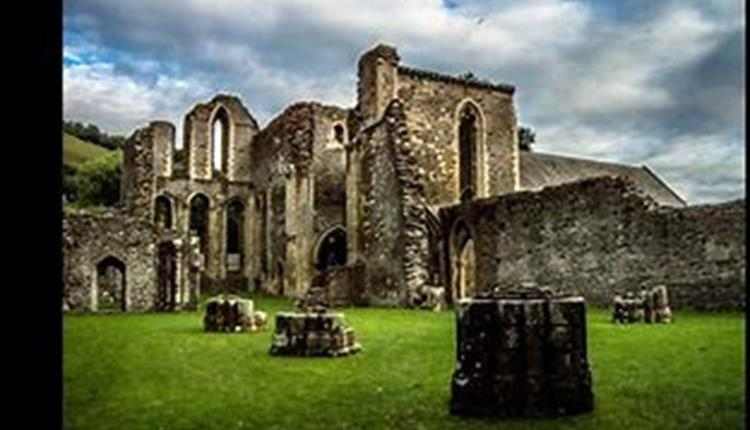 Valle Crucis Abbey