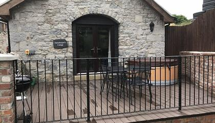 Llannerch Holiday Park - Gamekeepers Cottage