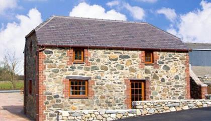 Tyddyn Whisgin Cottages