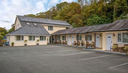 Estuary Lodge Ltd