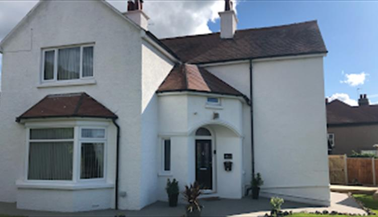 Ormes View Holiday Cottage
