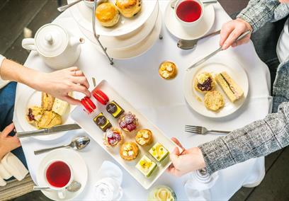 Afternoon tea at the Roseate Villa