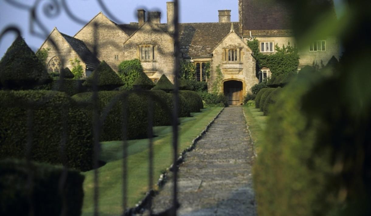 Lytes Cary Manor, Somerton
