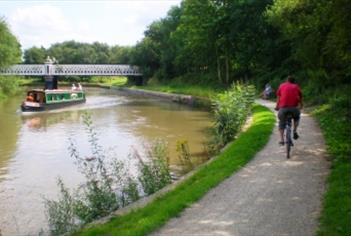 Oxford Canal Path