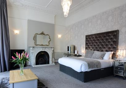 Clifton House Bristol bedroom