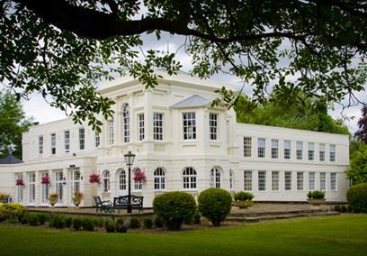 Monkey Island estate hotel in Bray