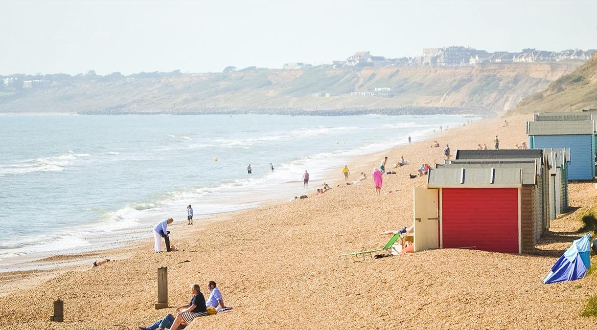 Beaches in Hampshire - Milford on Sea