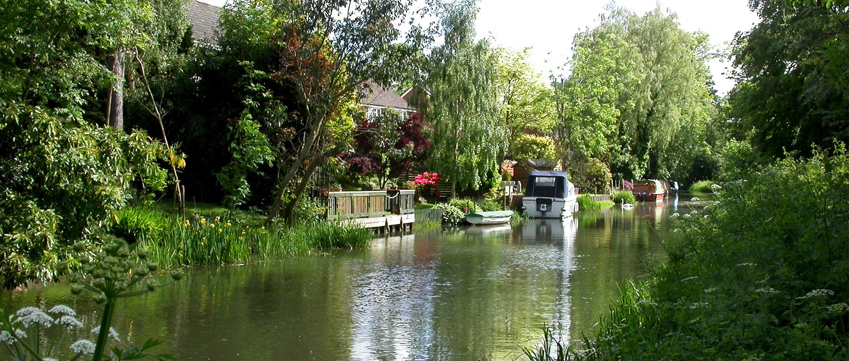 Canal running through the town of Fleet