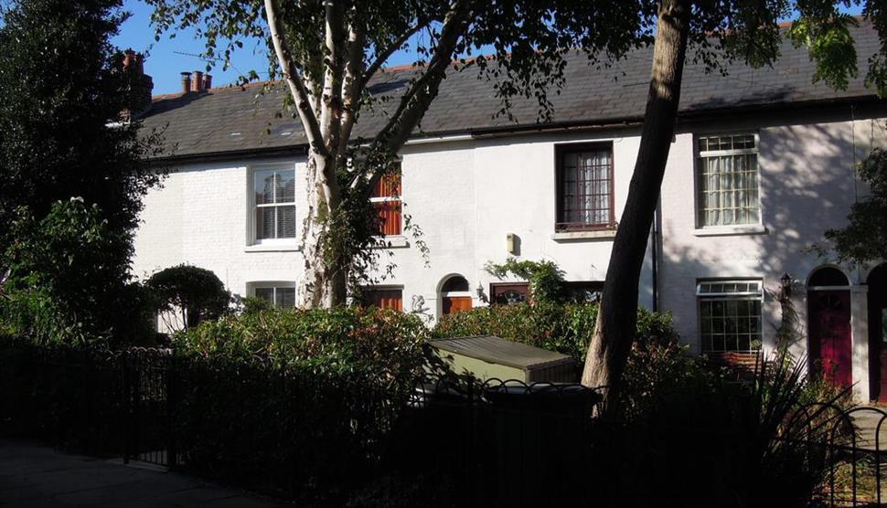 Pretty Victorian Cottage in Portsmouth