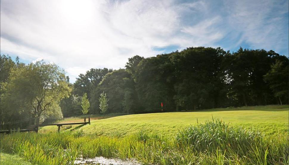 Hamptworth Golf and Country Club