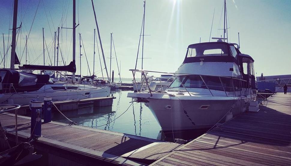 14M Motor Yacht