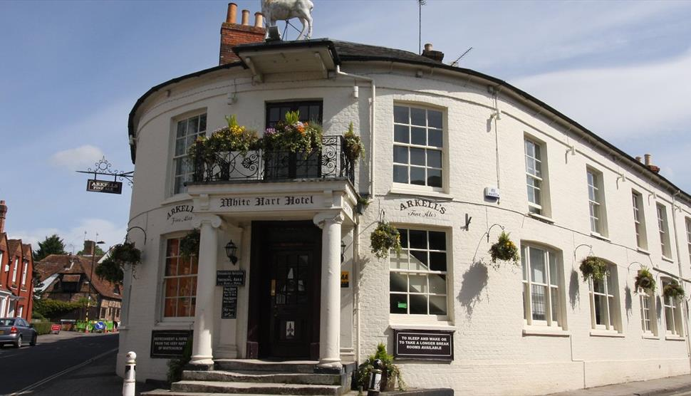 The White Hart Hotel, Whitchurch