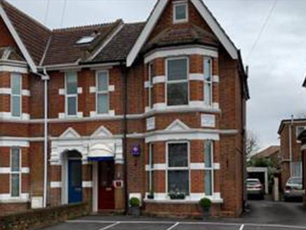 Rivendell Guest House in Southampton