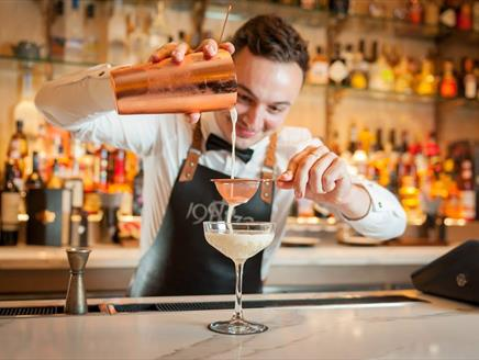 1932 Cocktail Bar